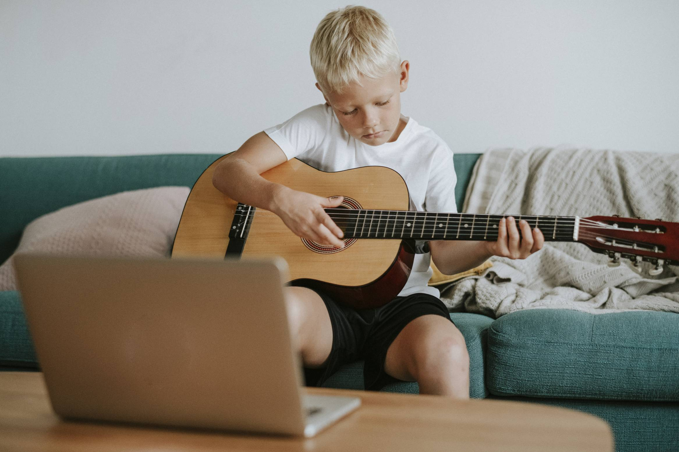 online-guitar-lessons
